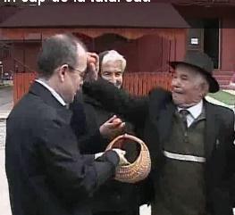 tatal lui Emil Boc, cu oul.